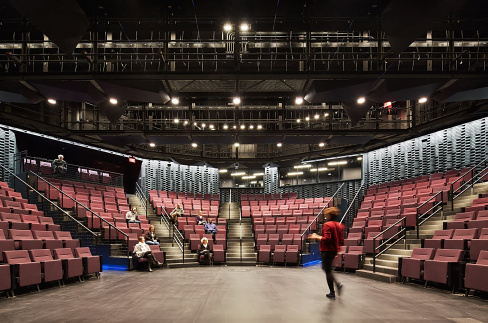 Interior of Main Theater at Writers Theatre, a cultural building designed by Studio Gang